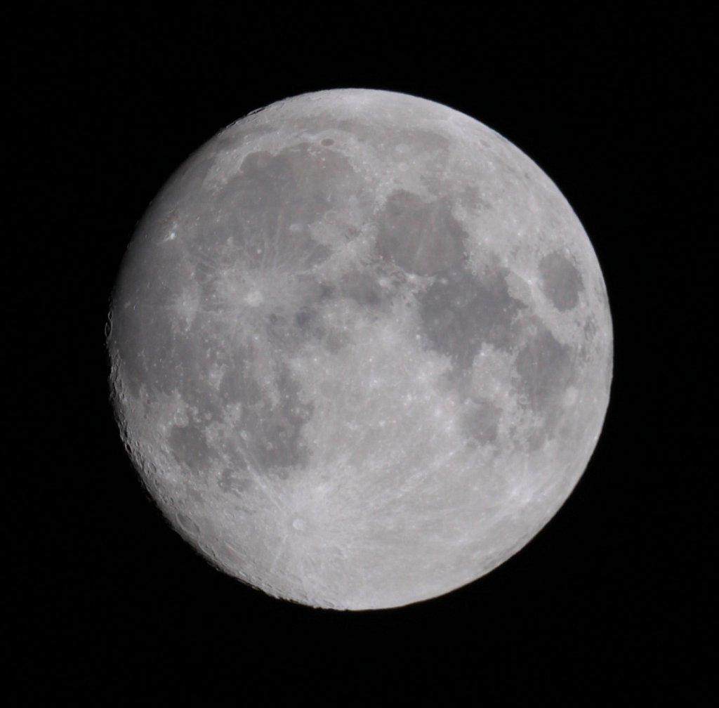 moon-261112-8222528704-o.jpg
