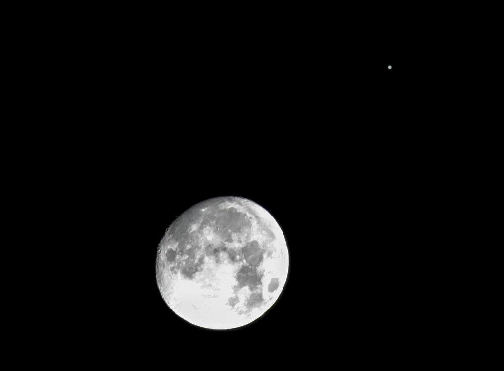 moon-jupiter-261212-8308268319-o.jpg