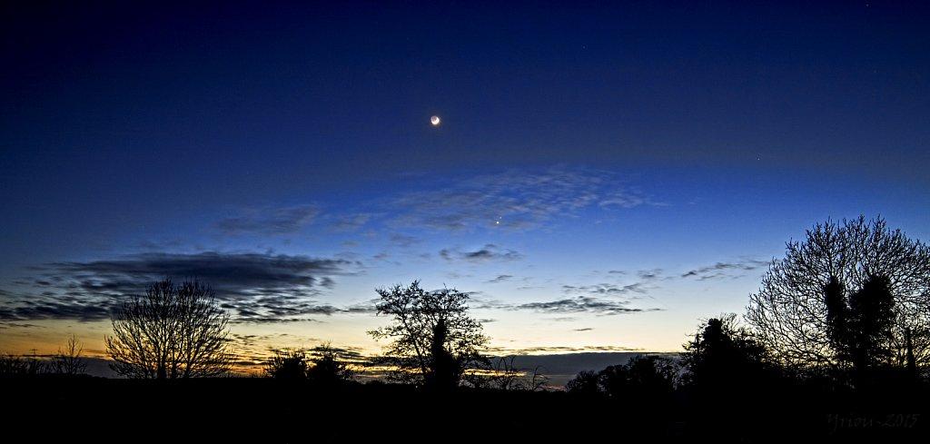 venus-mars-luna-wide-210215-16605646011-o.jpg