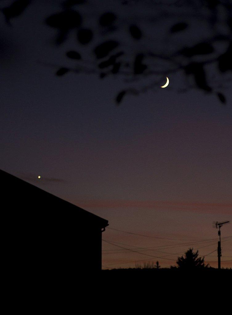luna-venus-051213-11224155053-o.jpg